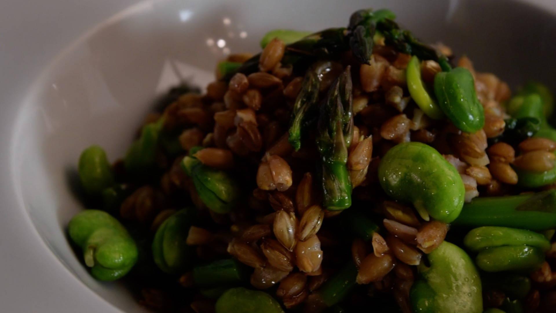 ricetta-insalata-orzo-farro-olio-farchioni