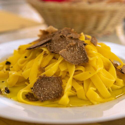 ricetta fettuccine al tartufo